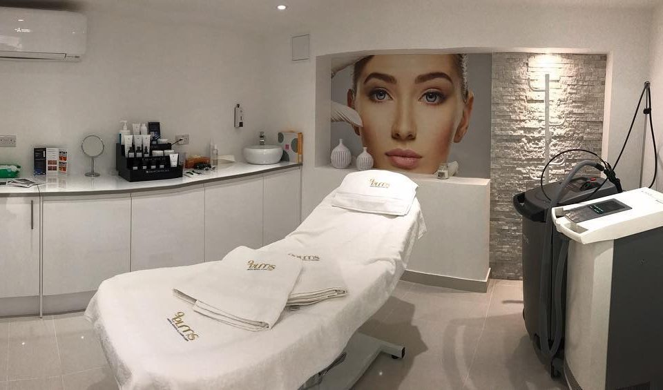 Nine-Elms-Clinic_Treatments-Room_Vauxhall_London